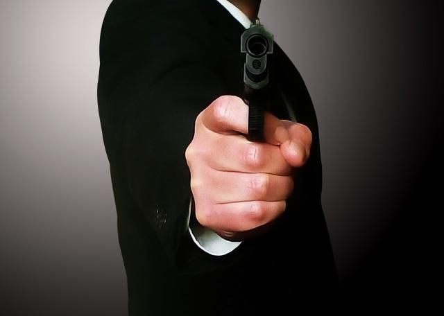 日本の探偵は拳銃を持つことができるのか